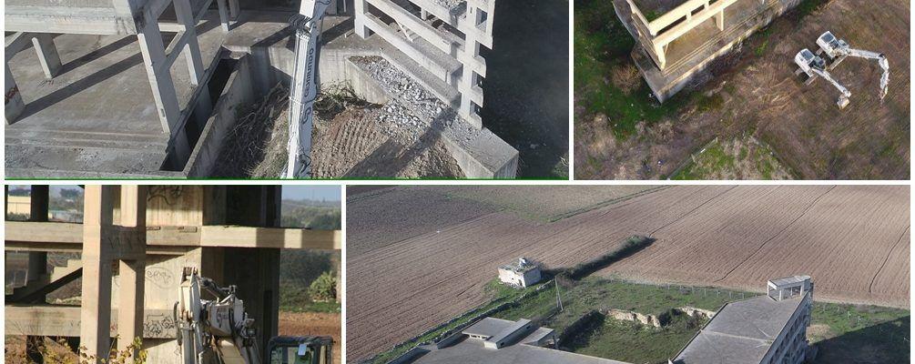 """Nardò: Demolizione del """"nuovo"""" palazzo di città vista  dal drone  di Fabio De Benedittis"""